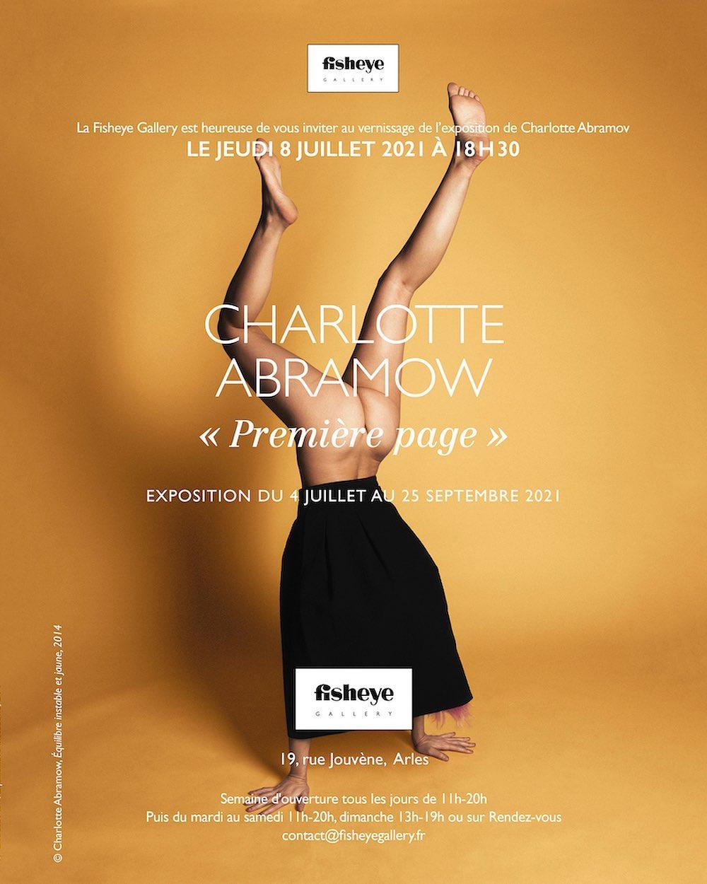 """Affiche événementielle pour l'exposition """"Première page"""" de Charlotte Abramow"""